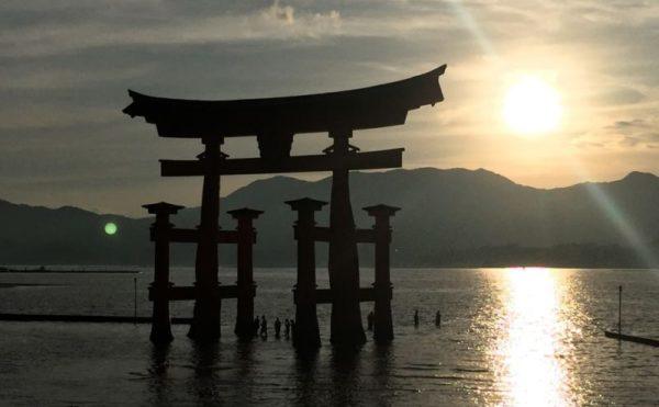 宮島の夕日